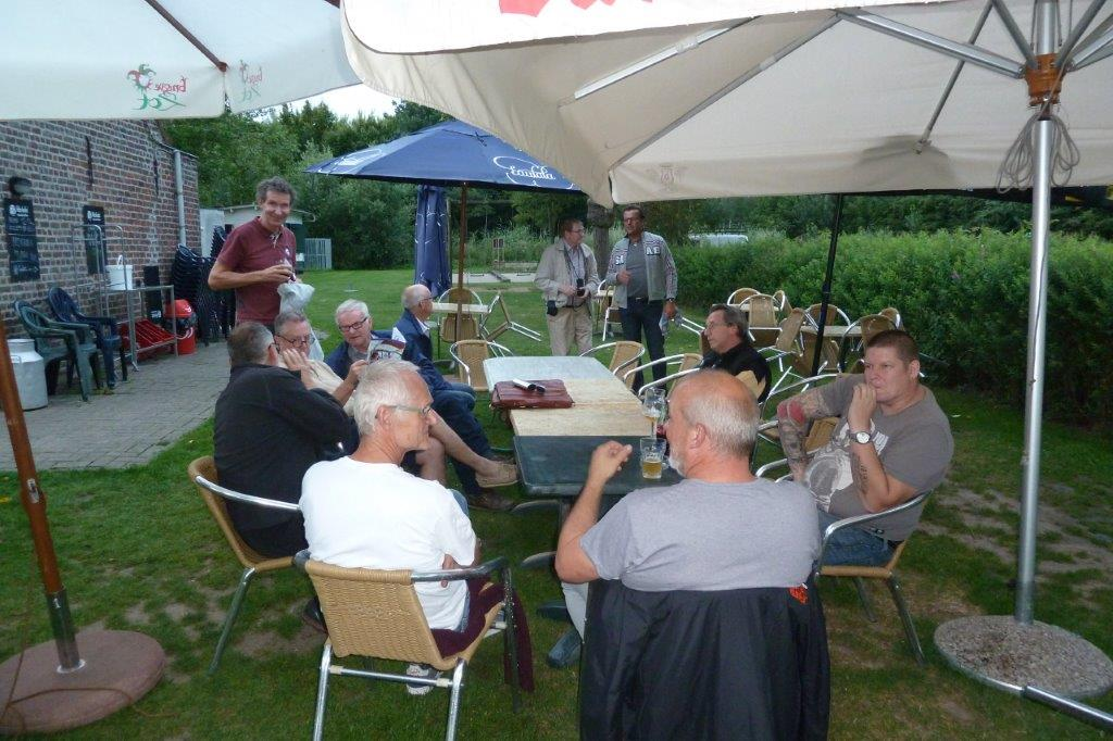 Babbelavond 28   juli 2017  Vosselaere put (2)